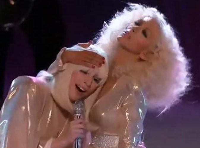 """Vidéo : Lady Gaga : elle invite Christina Aguilera sur son nouveau tube """"Do What You Want"""" pour la grande finale de The Voice !"""