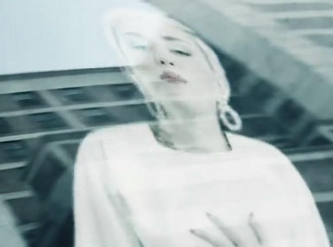 Vidéo : Miley Cyrus : découvrez le clip d'Ashtrays and Heartbreaks, son featuring avec Snoop Lion !