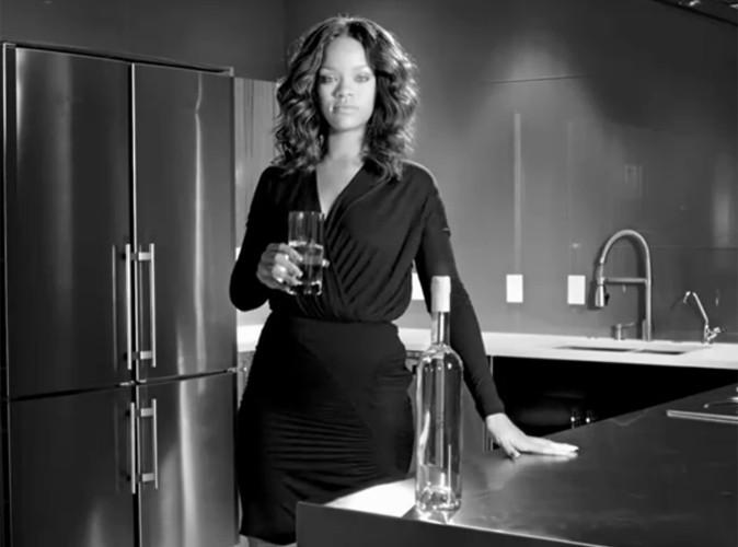 Vidéo : Rihanna essaye de nous vendre l'eau du robinet !