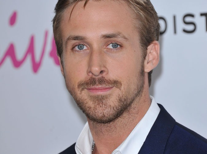 Vidéo : Ryan Gosling, il se transforme en super héros !