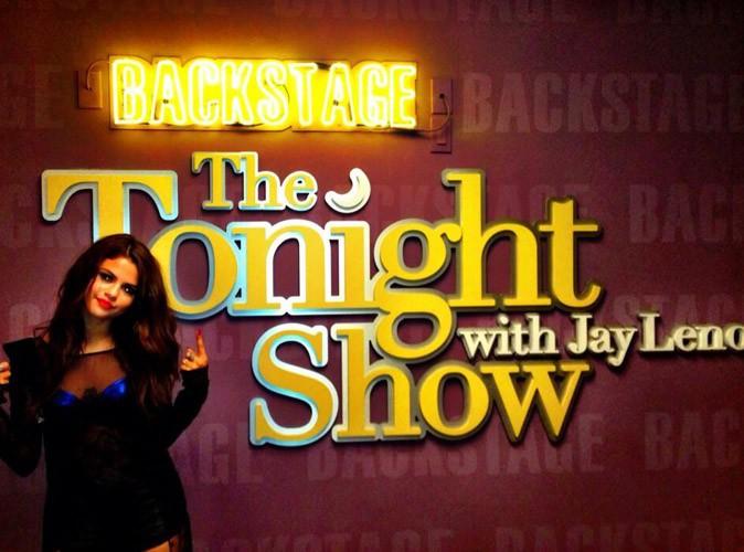 Vidéos : Selena Gomez : hyper sexy pour interpréter son nouveau titre sur le plateau du Tonight Show !