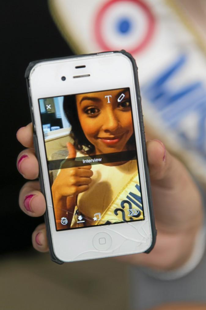 Flora Coquerel adore Snapchat !