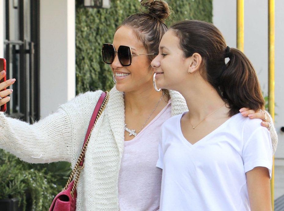 Jennifer Lopez : En mode selfie, c'est la belle-mère idéale !