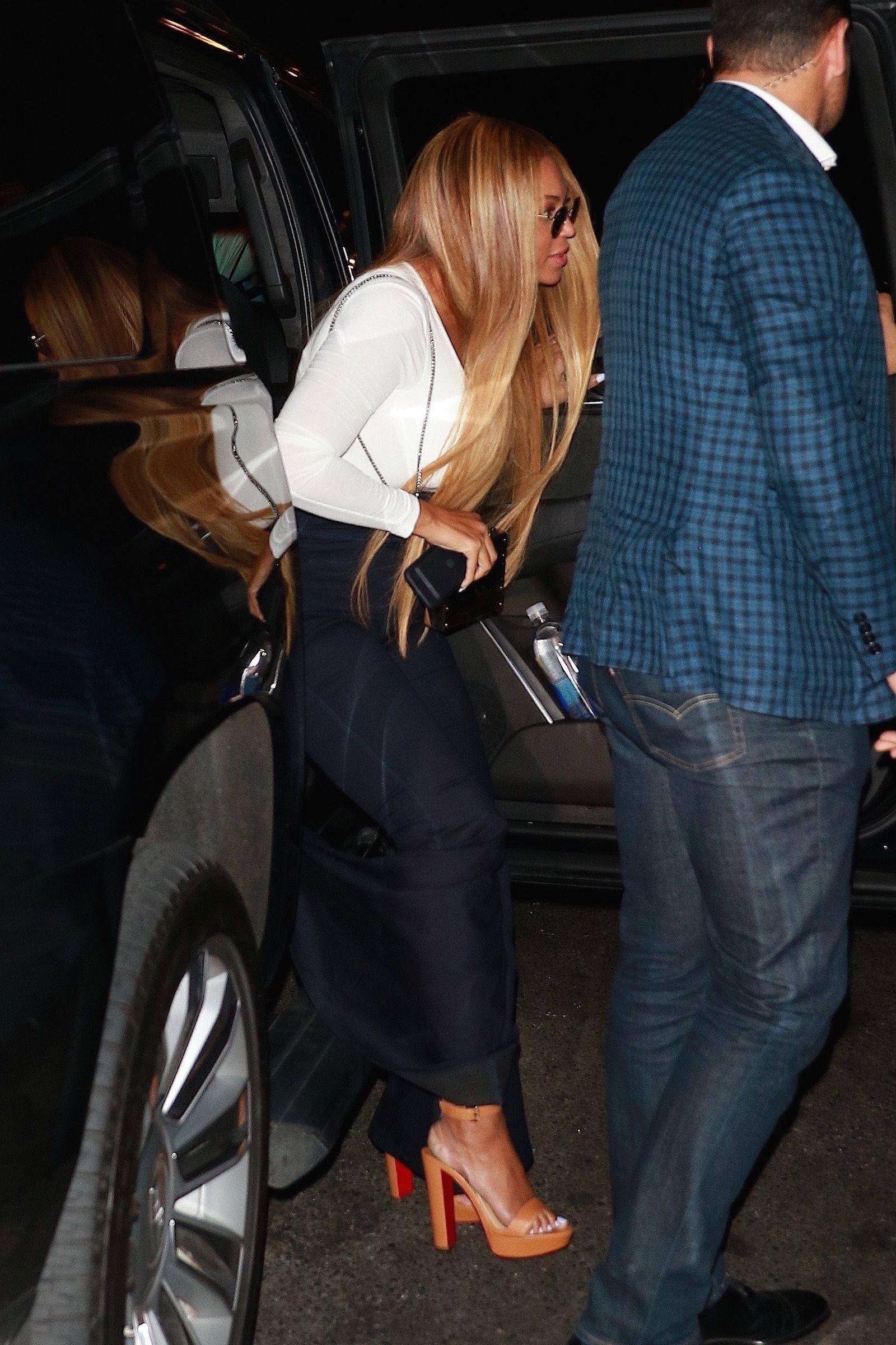 Beyoncé a frôlé l'accident... vestimentaire !