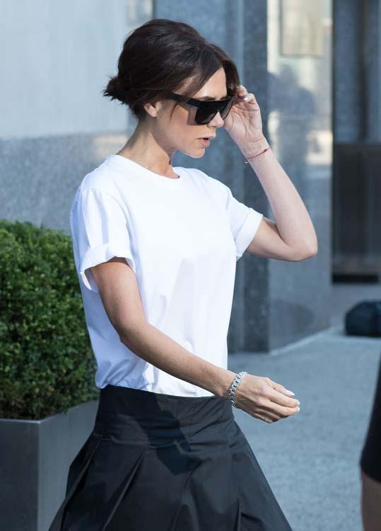 Victoria Beckham fait un tabac à la Fashion Week de New York, grâce à David et Brooklyn !